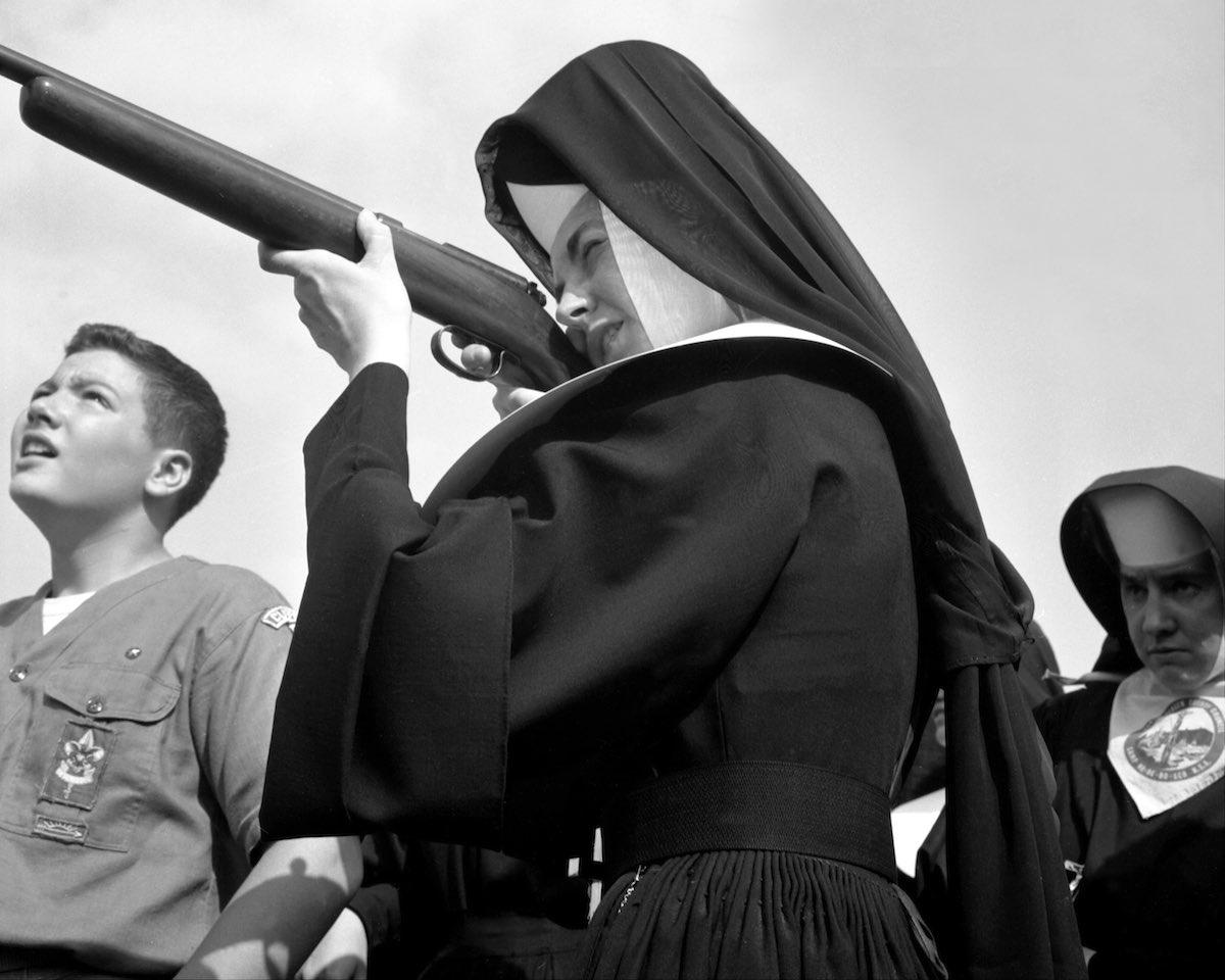 1963 год. Один раз в год монашкам удавалось посмотреть на жизнь скаутов мужскими глазами. На экскурс
