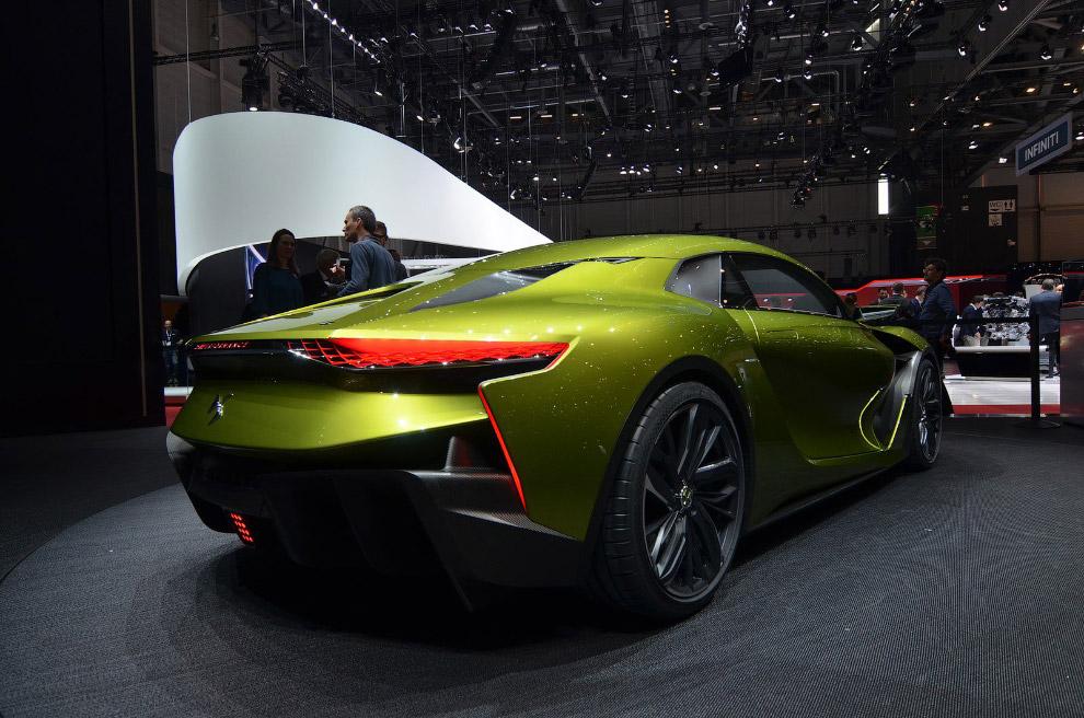 Самый быстрый автомобиль в мире 17. Bugatti Chiron — новая модель компании, получившая неофициа