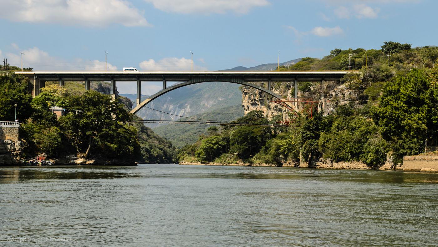 Фото 6. Мост у начала маршрута экскурсии по канону Сумидеро (Sumidero). Самостоятельное путешествие по Мексике.