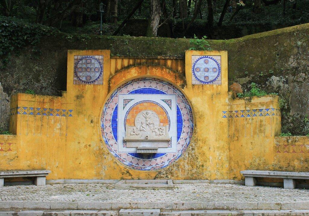 Синтра. Sintra. Fonte de Pia фонтан