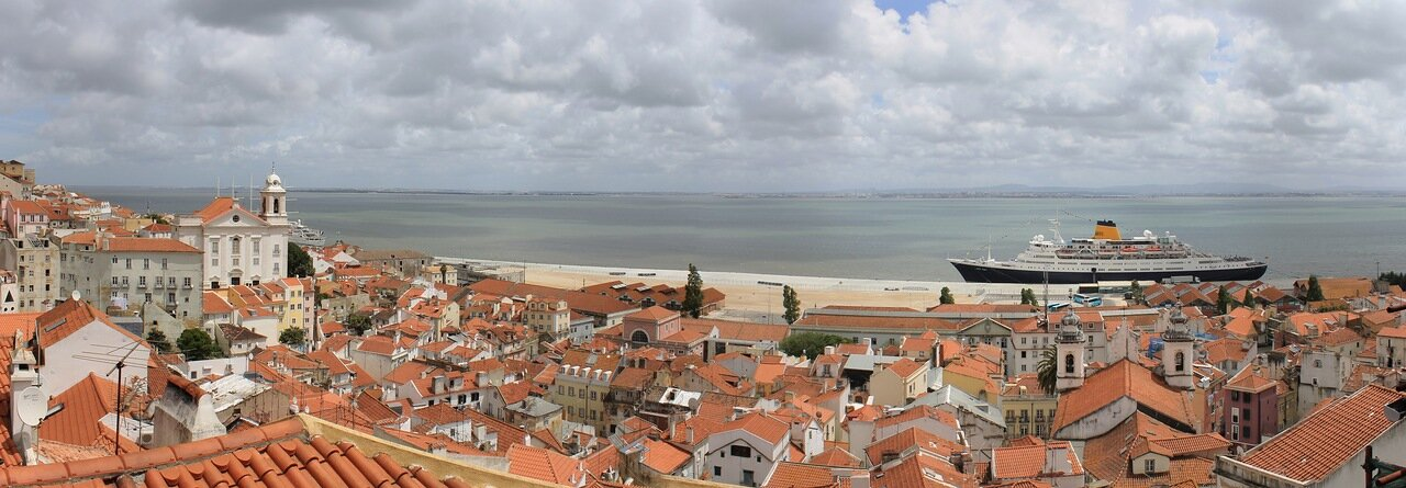 Lisbon, Alfama. panorama