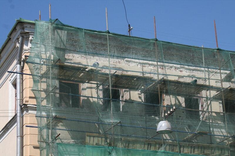 Уничтожение исторического декора. Малый Ивановский переулок, дом 6, строение 1