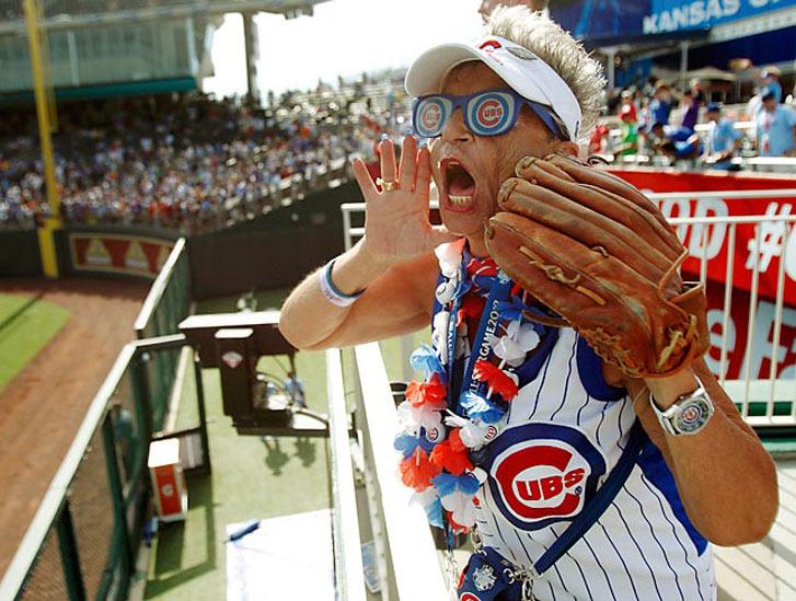 фанатка бейсбольной команды Chicago Cubs