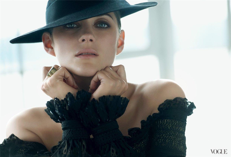 Marion Cotillard / Марион Котийяр в журнале Vogue США, август 2012 / фотограф Peter Lindbergh