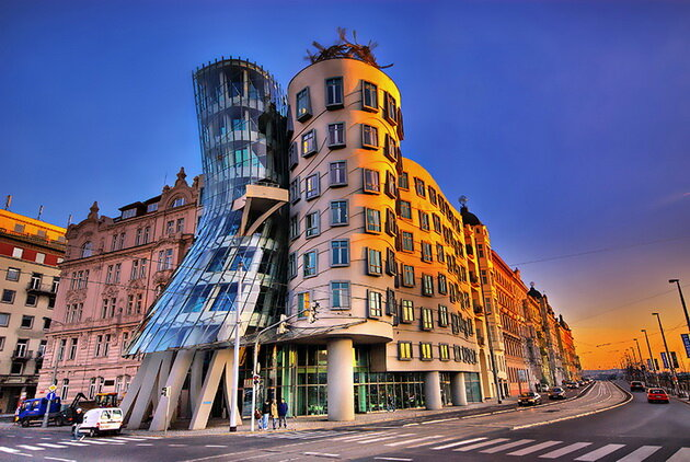 Танцующий дом (Dancing Building) в Праге