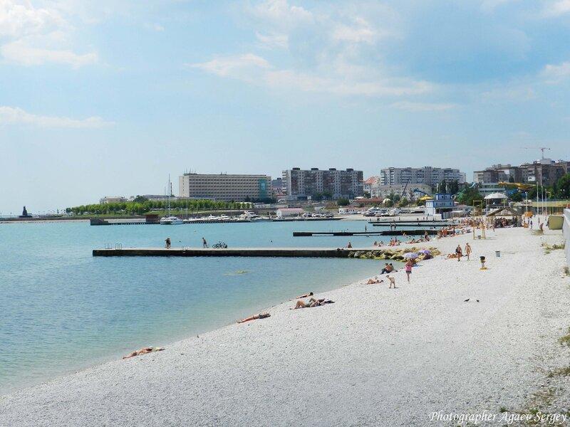 Пляж Новороссийска 2012год