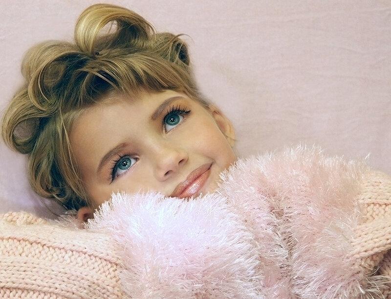 О чём мечтают куклы.  Фото жизнь.