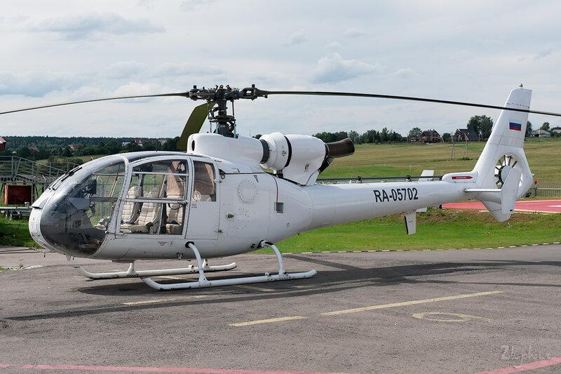 Sud SA-341 Gazelle (RA-05702) DSC_2347y1