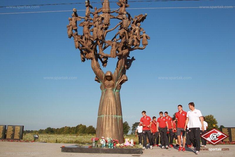«Спартак» посетил мемориал жертвам Беслана (Фото)