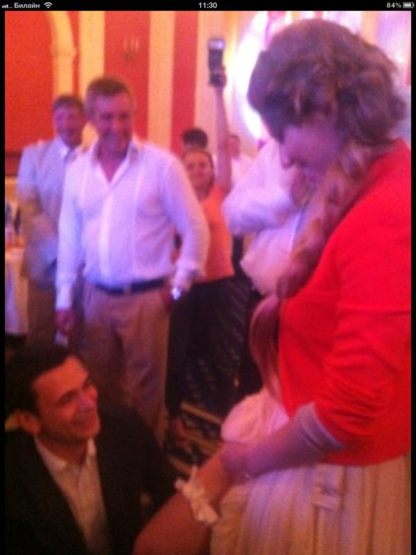 С костылями и без! Фото со свадьбы Гудкова IMG_0370.PNG