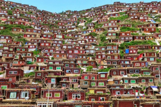 Тибетская деревушка.