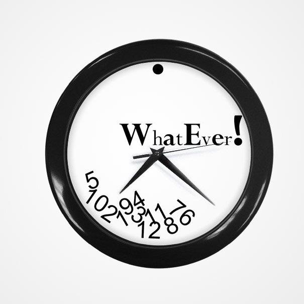 Часы с надписью «Да какая