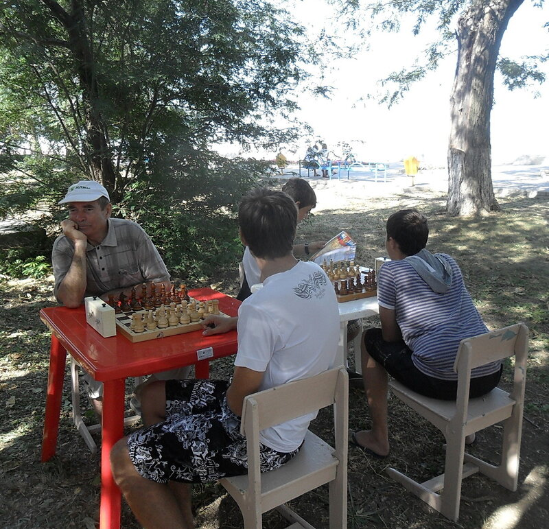 У моря, в ожидании шахматных боёв ... SAM_0638.jpg