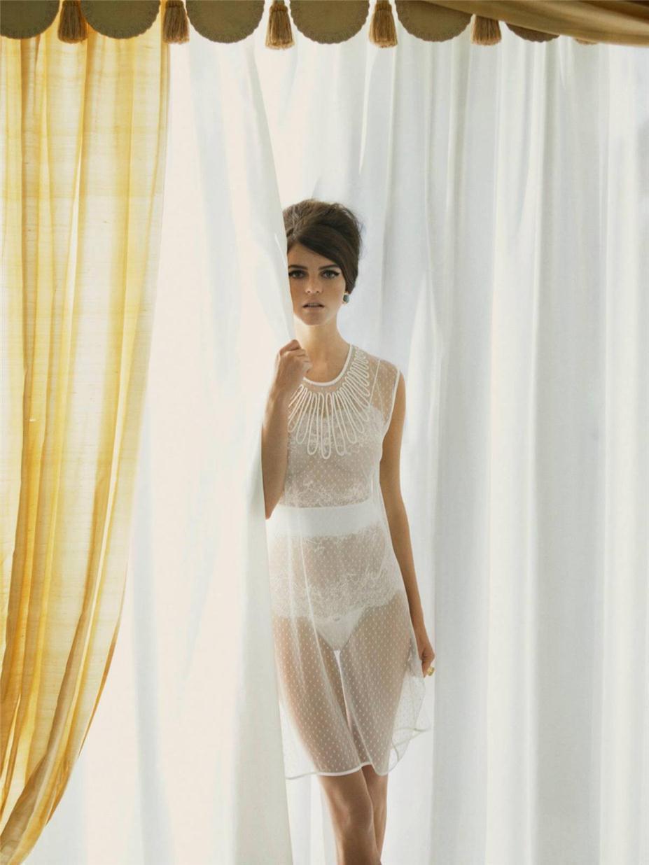Jeisa Chiminazzo / Джейза Чиминаццо в рекламе нижнего белья La Perla, весна-лето 2012, фотограф Mary Rozzi