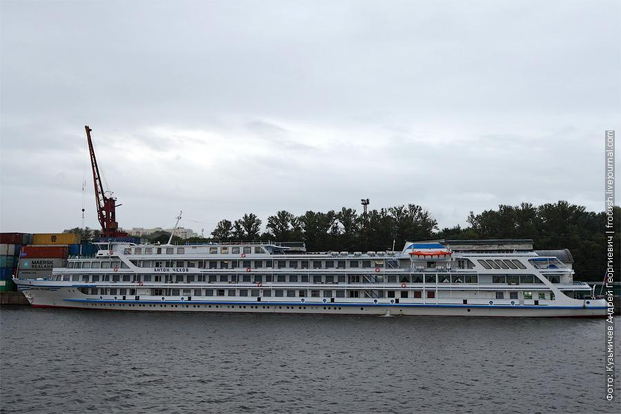 Теплоход «Антон Чехов». Проект Q-056. Северный речной порт Москвы. 13 июля 2012 года.