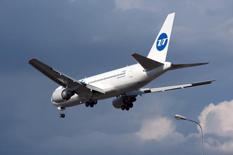 Boeing 767-224/ER (VP-BAG) ЮТэйр DSC_2738