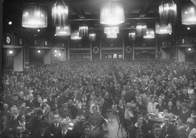 NSDAP-Versammlung im Bьrgerbrдukeller, Mьnchen