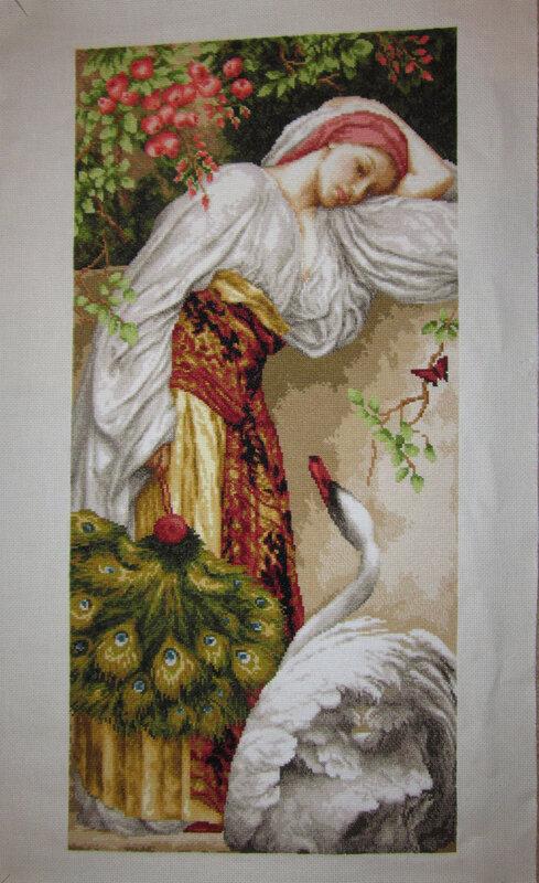 """Схема вышивки  """"Девушка и лебедь """" ."""