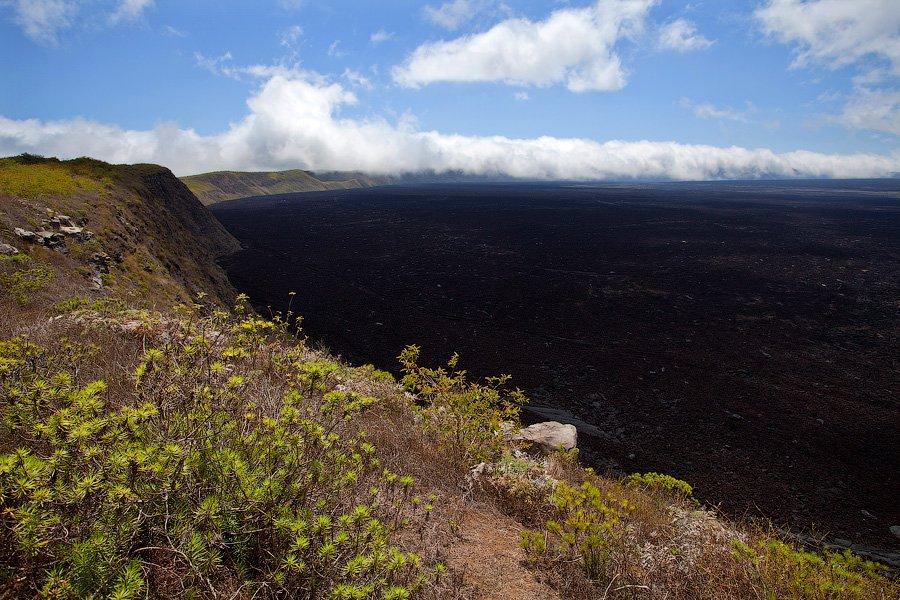 Кроме Сьерра Негра, в туре посещают еще маленький вулкан Chico по соседству. От Sierra Negra до вулк