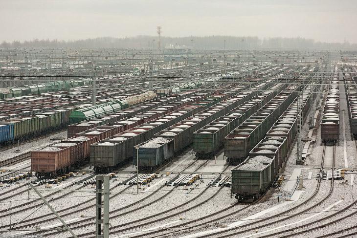 2. Придется все же коснуться  истории порта и самой станции , так как без этого сложн