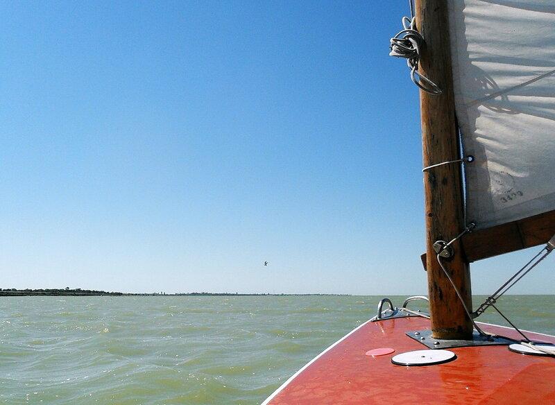 В море, свежий ветер