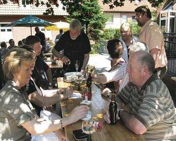 Немецкий пастор открыл для прихожан пивной сад