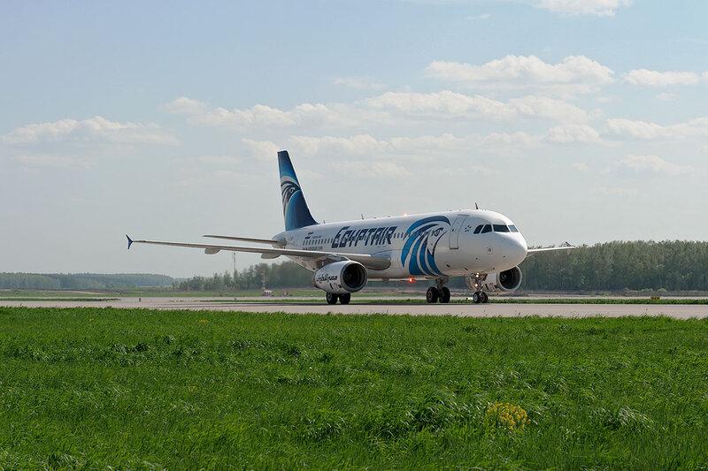 Airbus A320-231 (SU-GBB) Egypt Air DSC_0003