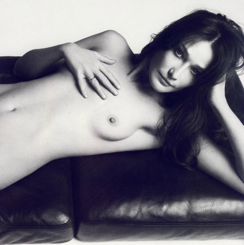 nude-photo-of-carla-bruni-fucking-machines-nude-gif