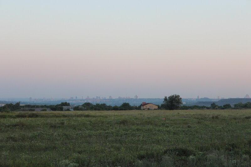 взгляд на Донецк.jpg