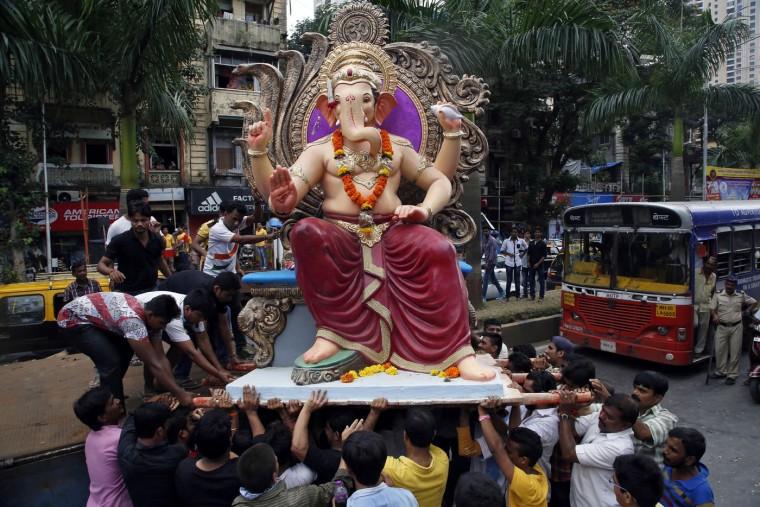 В Индии празднуют День рождения Ганеша 0 1454c2 d2527994 orig