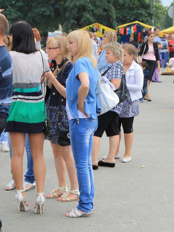 Невьянск. День города-2012. Площадь Революции.