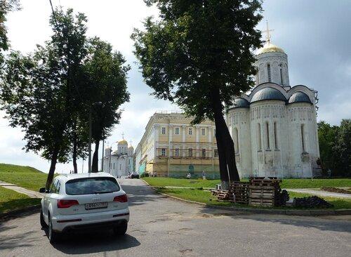 Владимир, достопримечательности. Дмитриевский храм