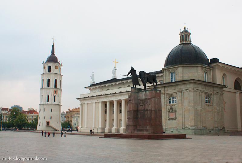 Вильнюс, Кафедральный собор Святого Станислава и Святого Владислава