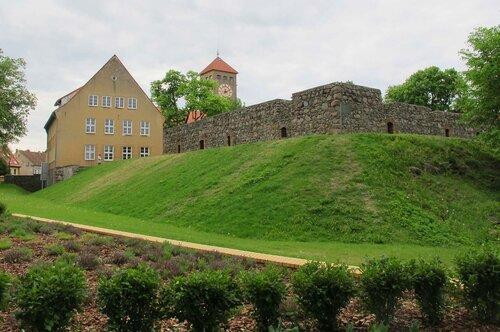 Замок Ортельсбург, фото Р.Римша, 2012 г.