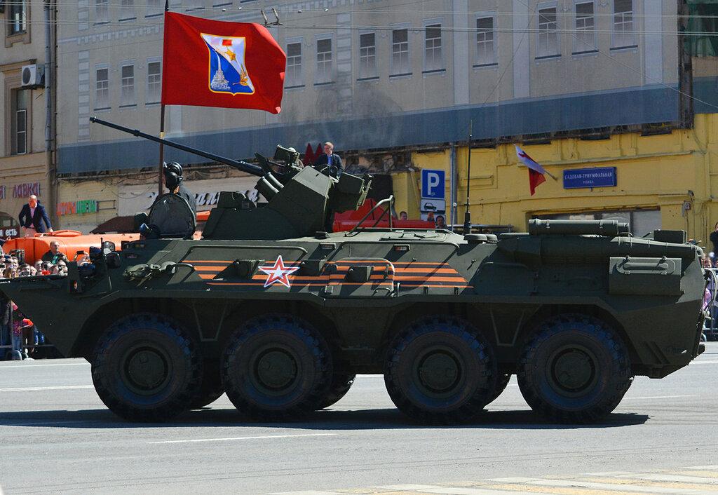 Parad73_BTR82.jpg