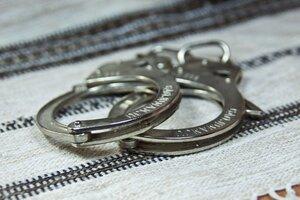 Житель Глодянского района попытался изнасиловать 74-летнюю