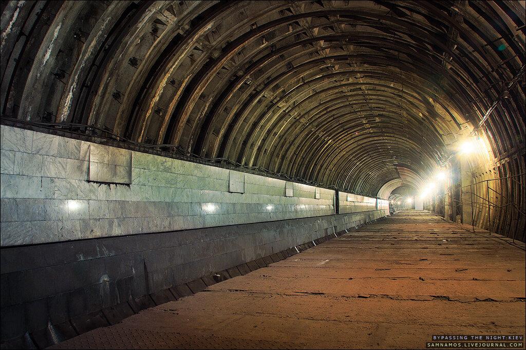 Киевское метро глазами диггеров, станция метро Львовская Брама