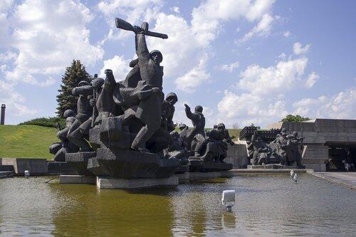 Киев. Родина-мать