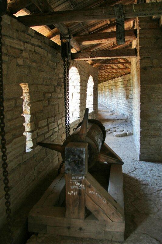Крепость Орешек, Подъемный механизм ворот в Государевой башне