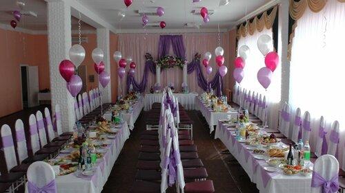 Свадьба в столовой
