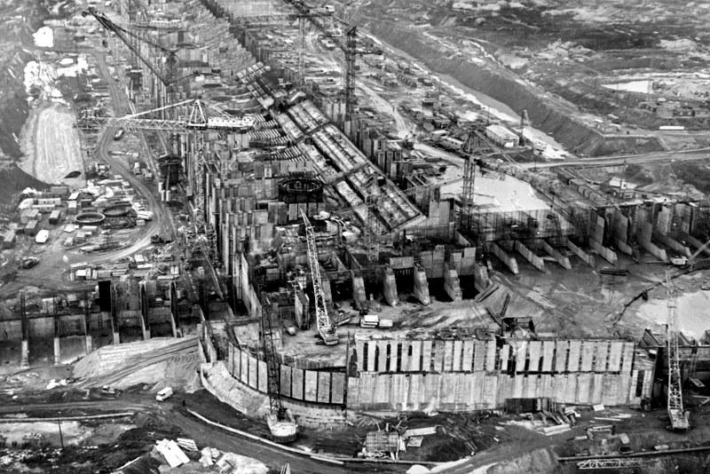 на строительство ГЭС было