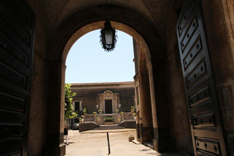 Сицилия, Катания, дворец Бискари