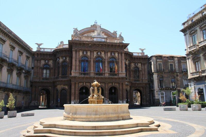 Сицилия, Катания, Театр Беллини