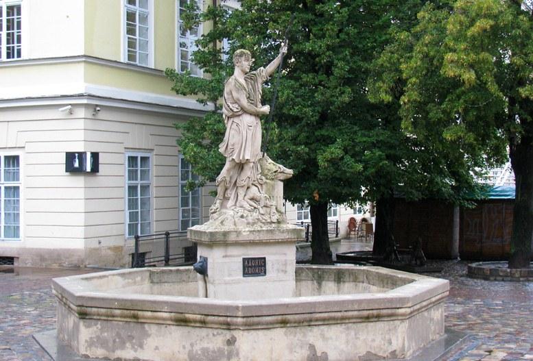 Львов - фонтан Адонис