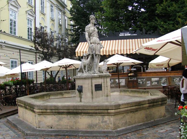 Львов - фонтан Диана