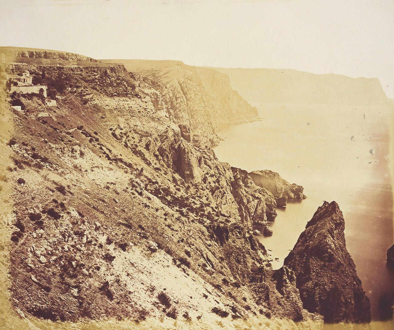 Скалистое побережье вблизи Георгиевского монастыря