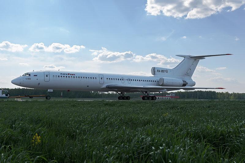 Туполев Ту-154М (RA-85712) АэроРент DSC_0152