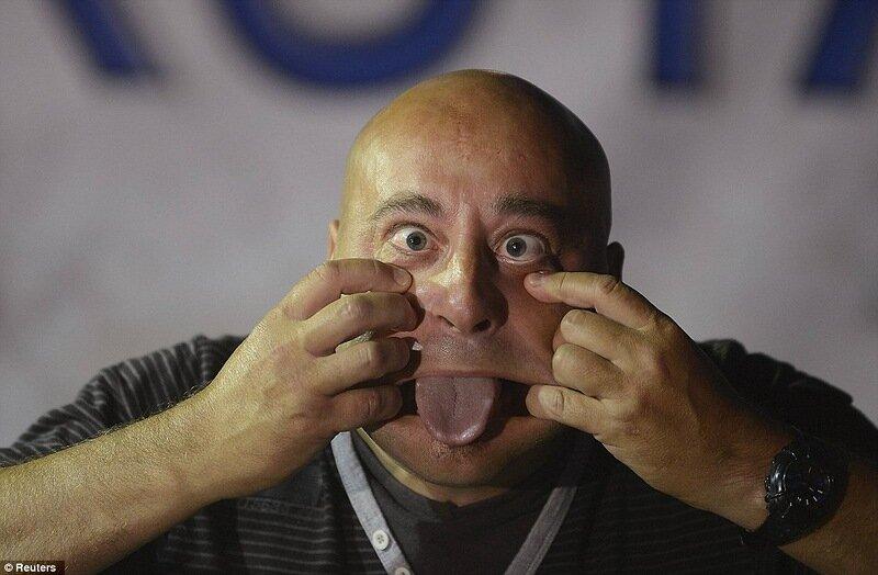 Конкурс уродов в испанском городе Бильбао (14 фото)