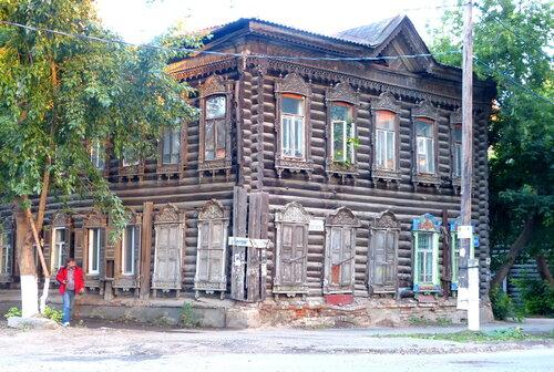 Типичный дом деревянного Томска