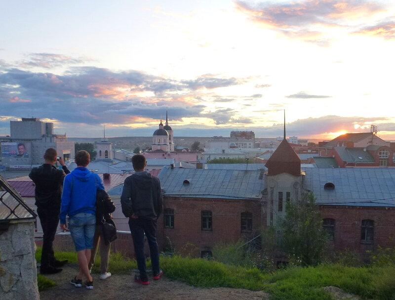 Закат над старым Томском